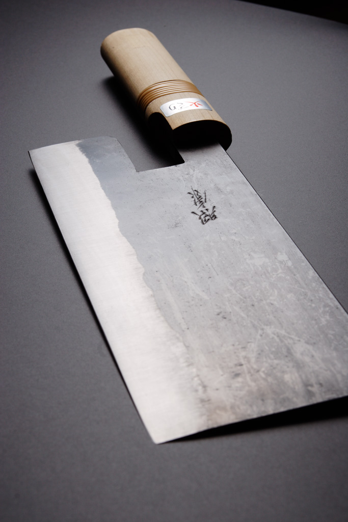 Noodle cutting knife [Kurouchi Double edge]